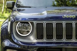 Jeep Renegade. Bivalență: Dur la exterior, confortabil la interior 6