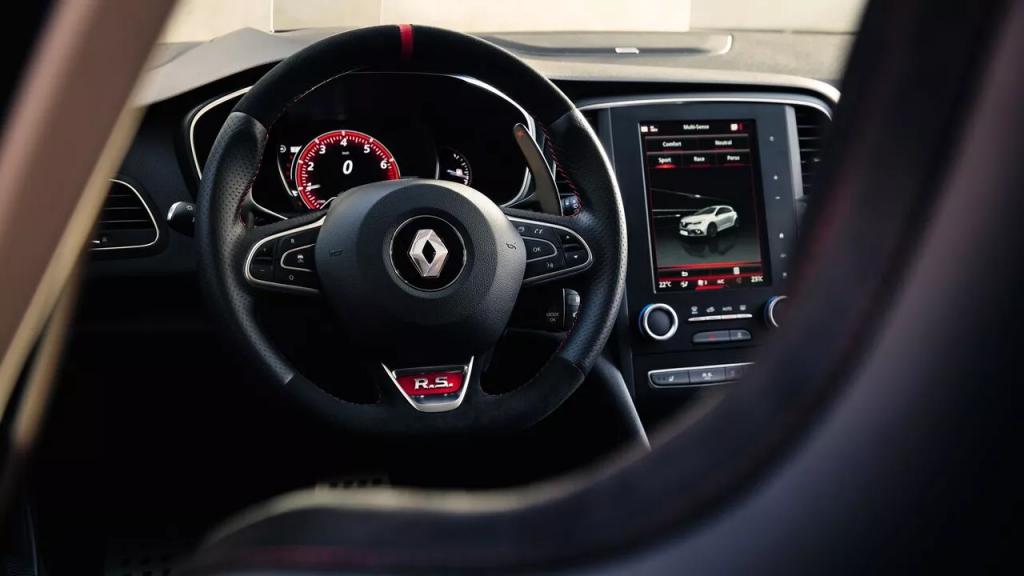 5 lucruri esențiale despre noul Renault Megane R.S. 3