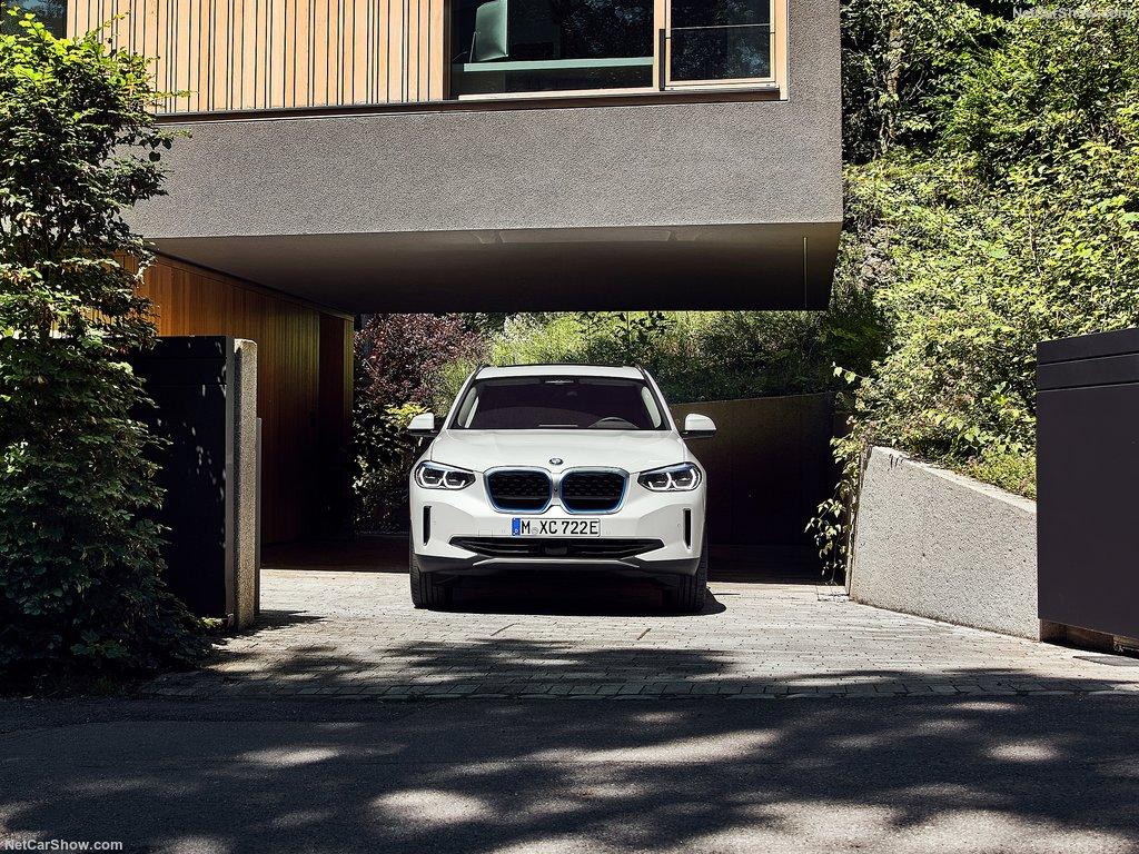 BMW iX3. Primul Sports Activity Vehicle cu sistemul de propulsie electric. 4