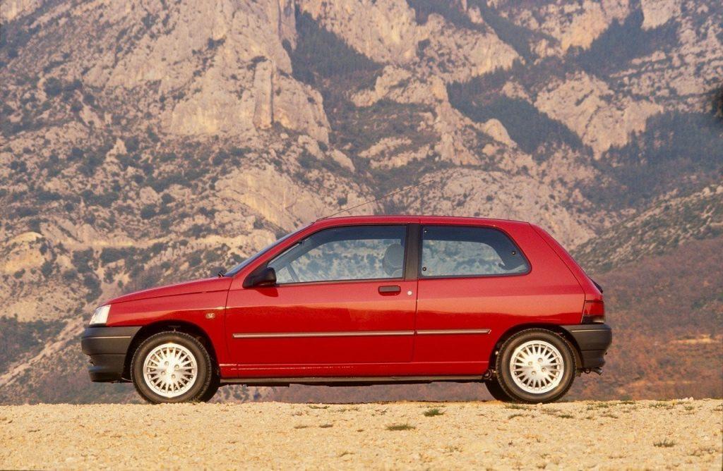 Sărbătoriții anului – 3 decenii de Renault Clio 1