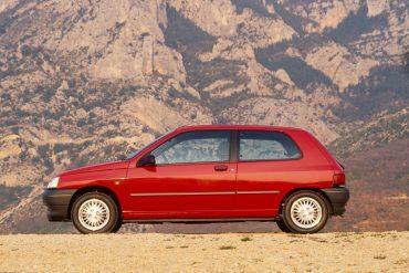 Sărbătoriții anului – 3 decenii de Renault Clio 9
