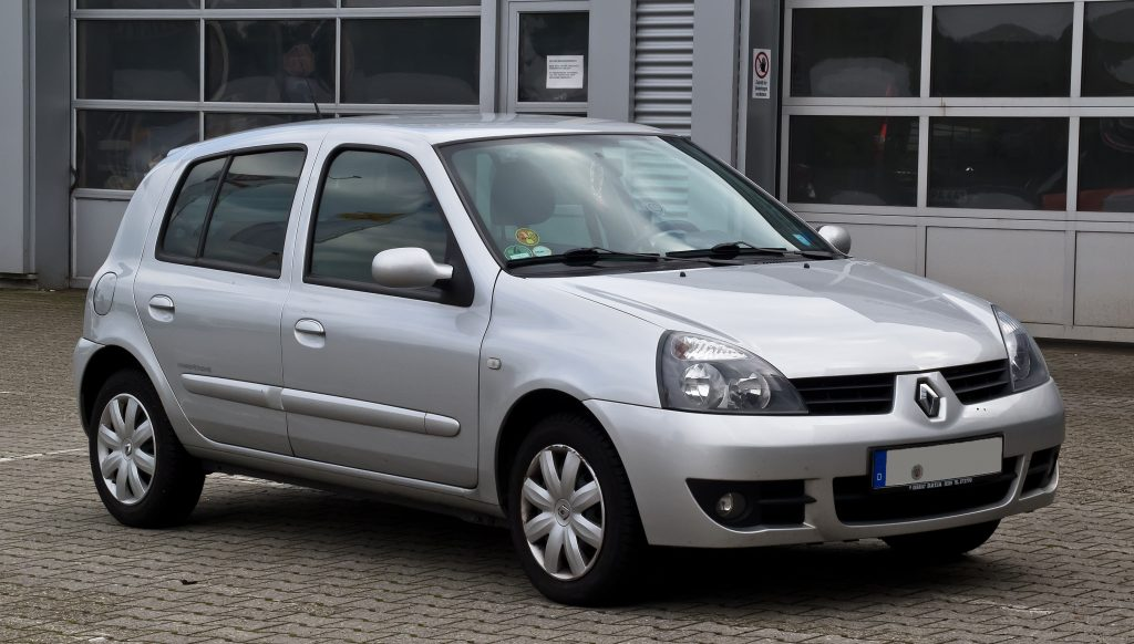 Sărbătoriții anului – 3 decenii de Renault Clio 2