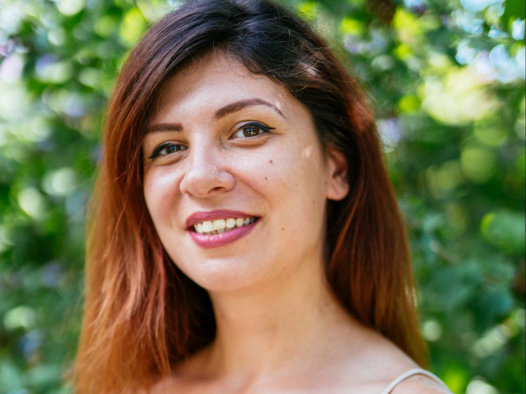 Simona Srebrov