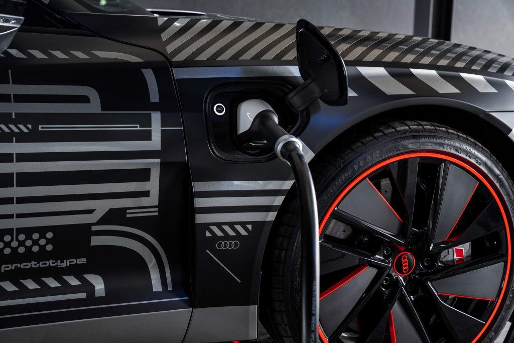 Pasiunea pentru calitate și progresivitate: noul Audi e-tron GT 4