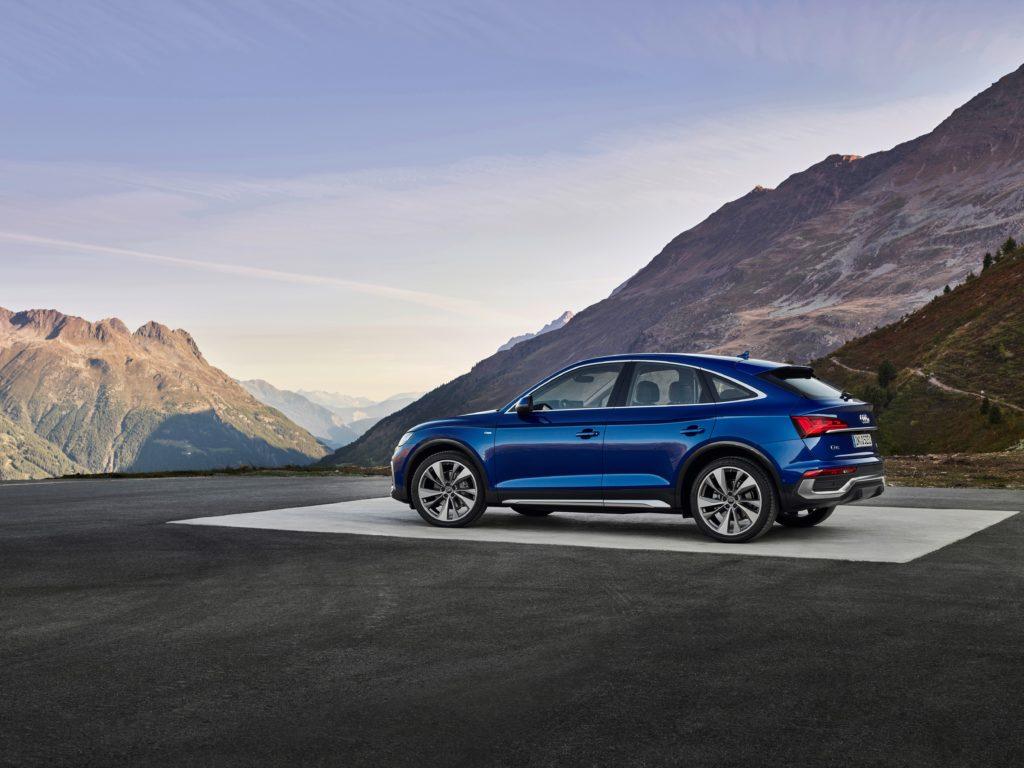 Noul SUV coupe impresionează din exterior cu designul său progresist, marcat de forță expresivă 4
