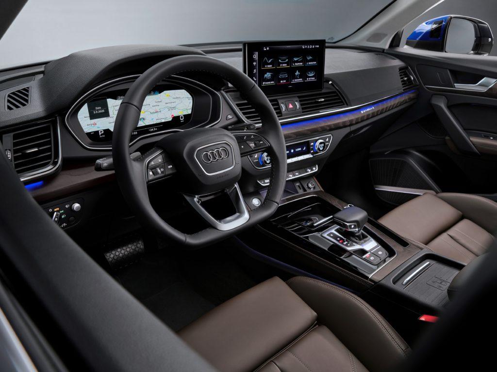 Noul SUV coupe impresionează din exterior cu designul său progresist, marcat de forță expresivă 5