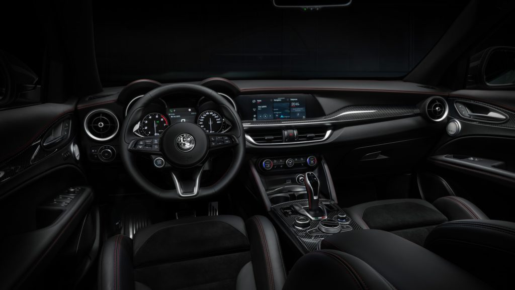 Alfa Romeo lansează Stelvio Veloce Ti 2