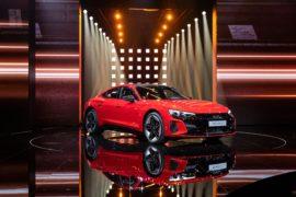 Premiera mondială online a Audi e-tron GT 6
